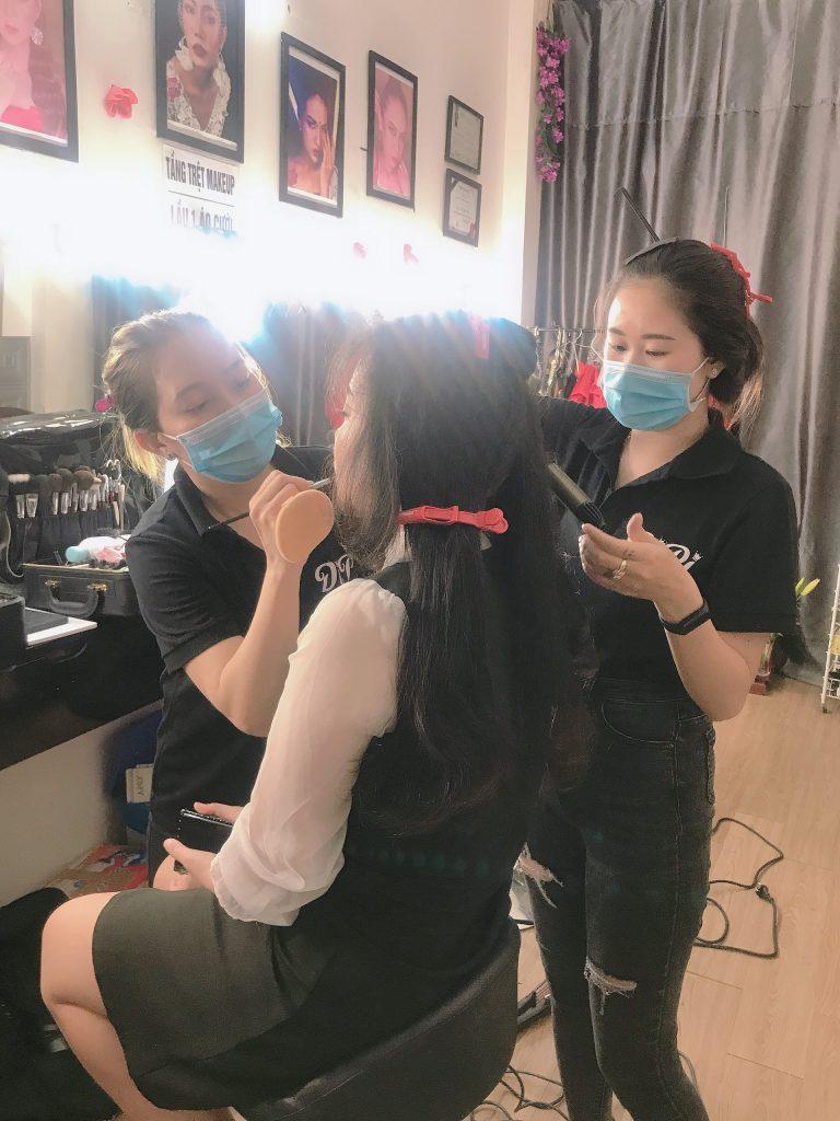 học makeup cá nhân