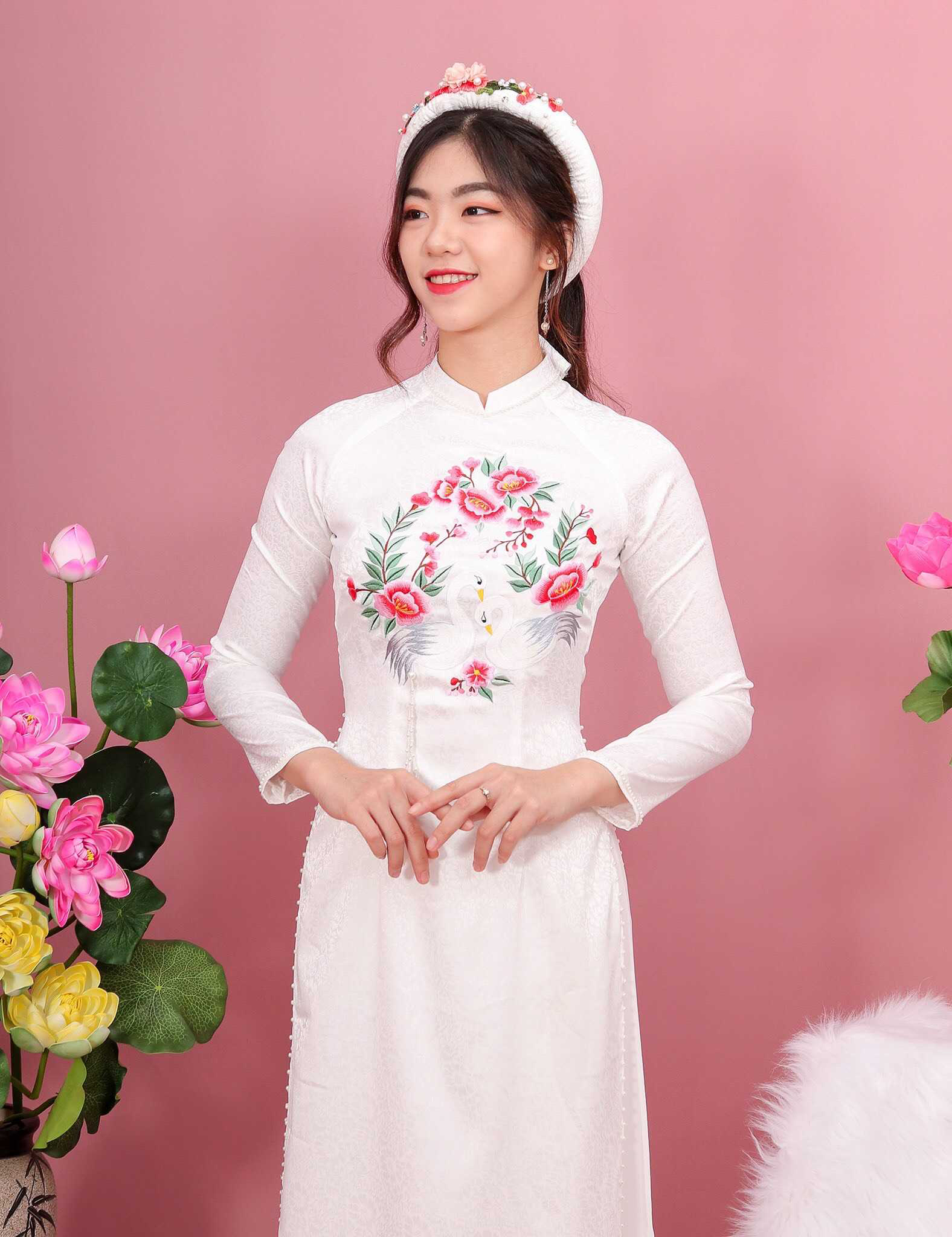 thuê áo dài cưới màu hồng