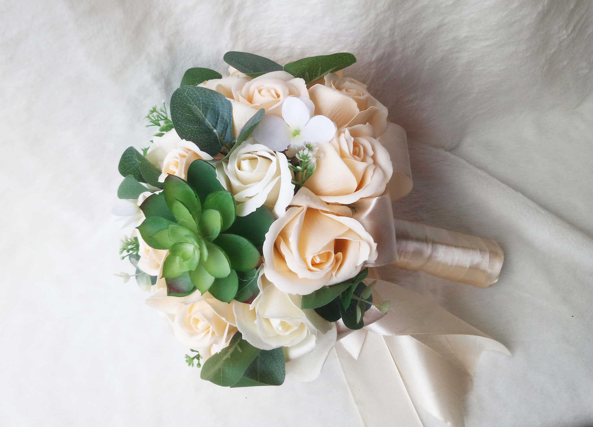 Dịch vụ cho thuê hoa cưới cầm tay