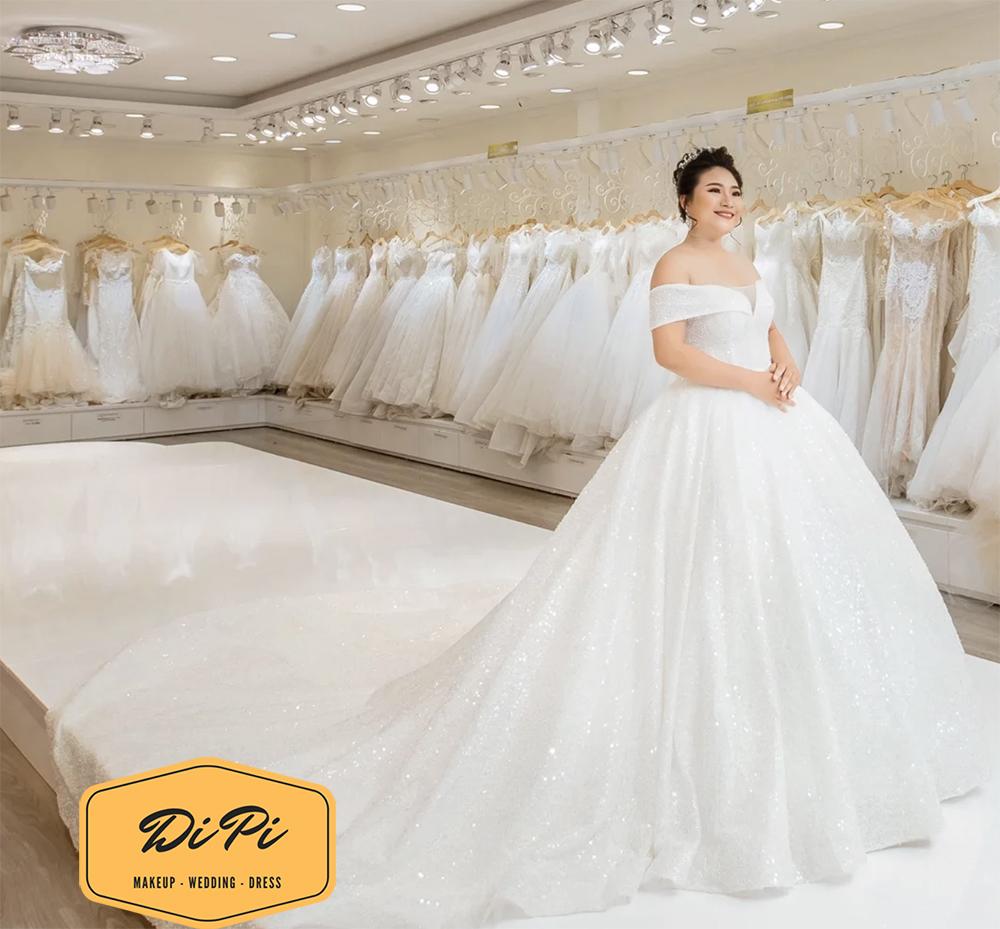 áo cưới cho bà bầu 8 tháng