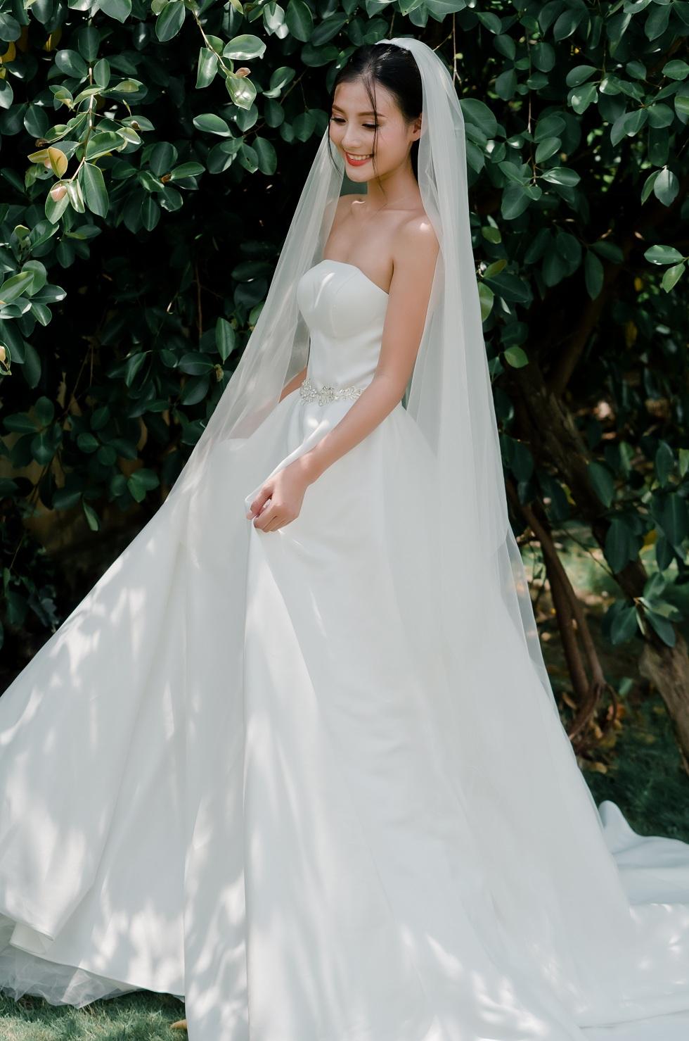 áo cưới cho cô dâu gầy đẹp