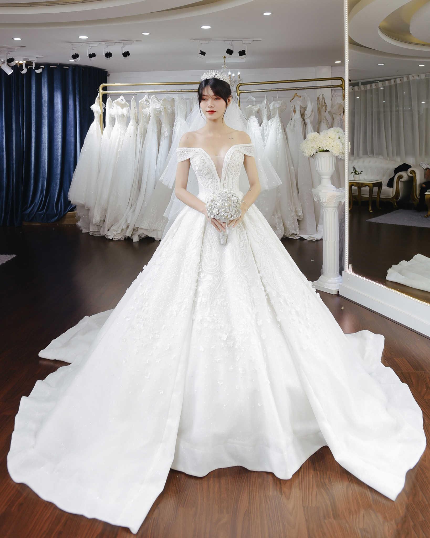 áo cưới cho người ốm