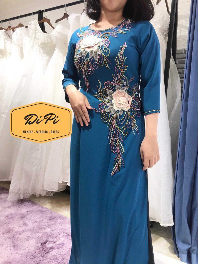 áo dài mẹ cô dâu màu xanh