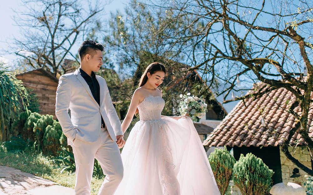 chọn màu váy cưới chụp hình ngoại cảnh