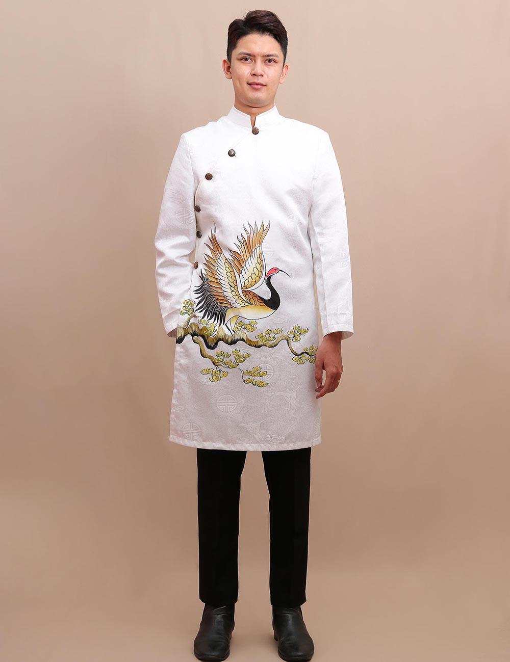 cho thuê áo dài chú rể màu trắng