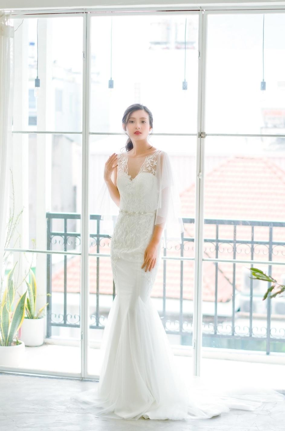 thuê áo cưới chụp hình dễ thương