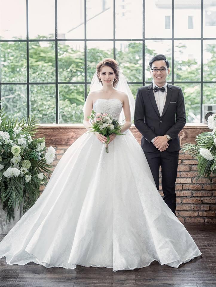 thuê áo cưới chụp hình ngoại cảnh tại TPHCM