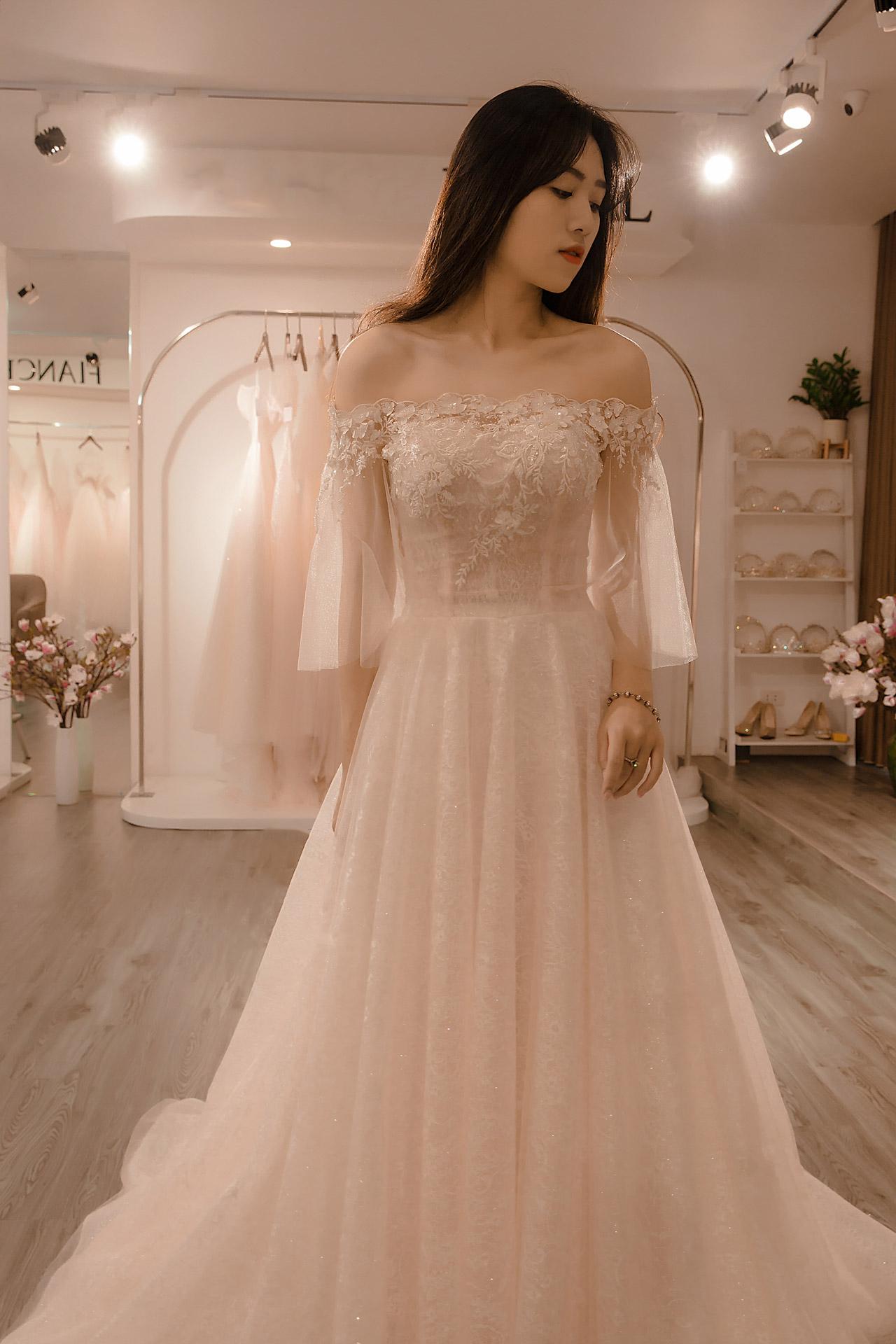 thuê áo cưới giá dưới một triệu
