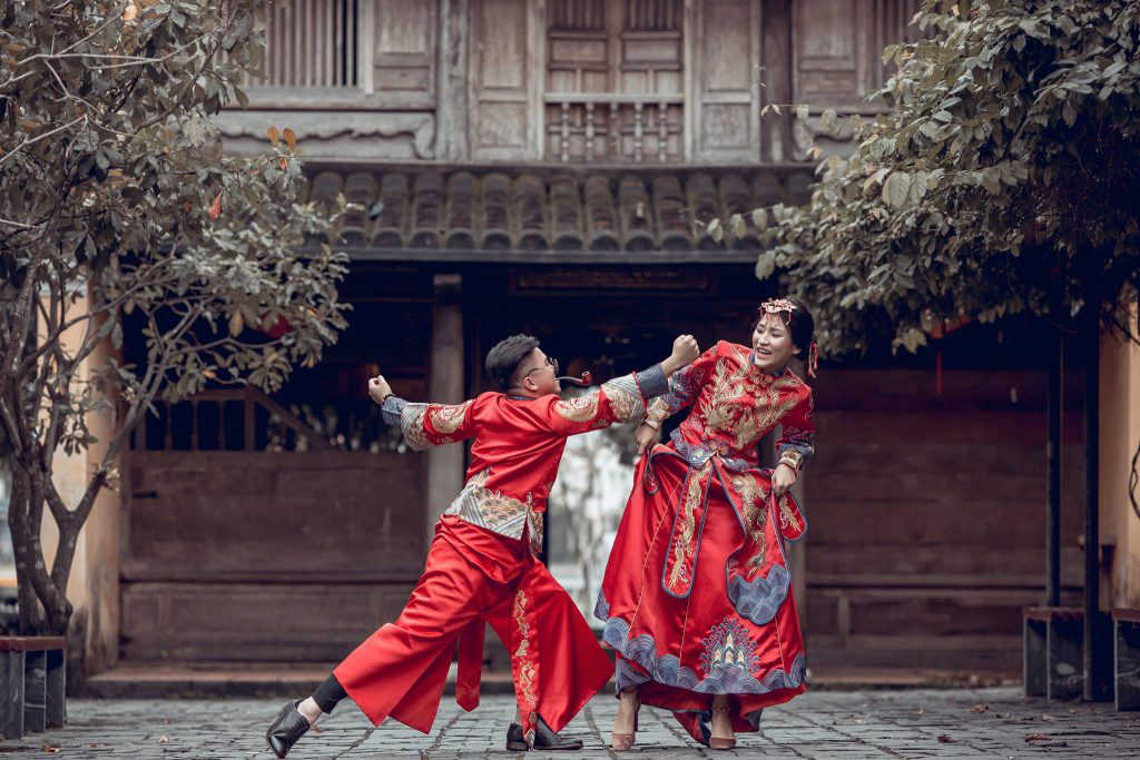 thuê áo cưới truyền thống trung quốc