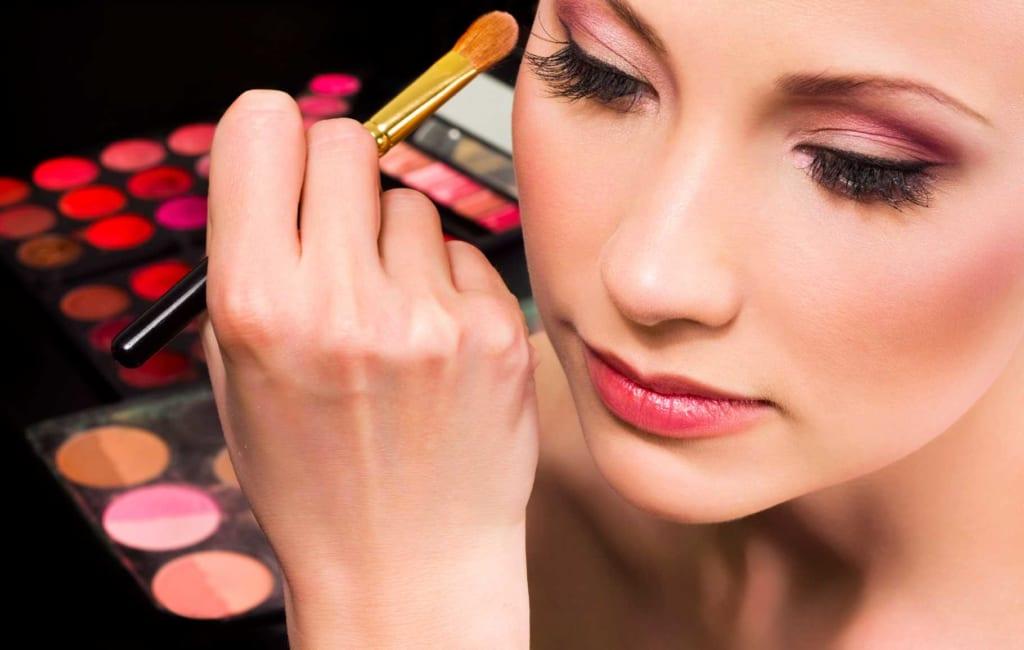 học nghề makeup