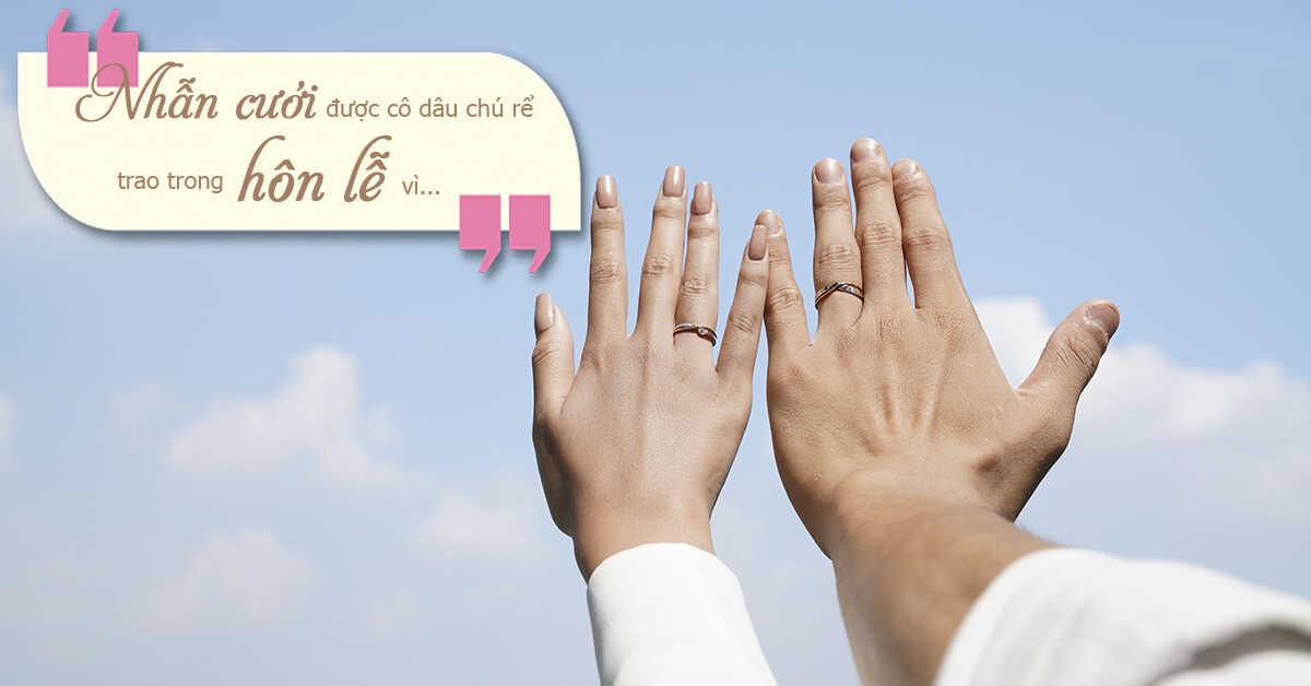 Nhẫn cưới đeo tay nào là đúng