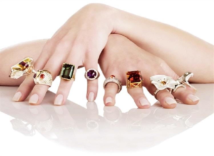 ý nghĩa các ngón tay đeo nhẫn