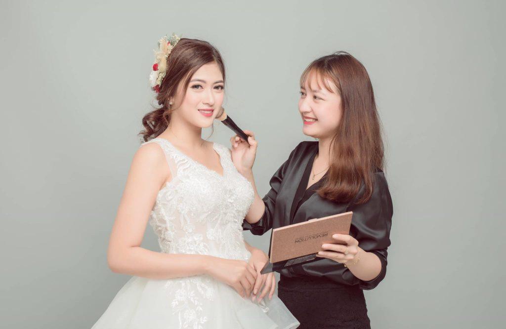 Makeup là gì ? Makeup Artist là gì ? Các thuật ngữ trong Makeup