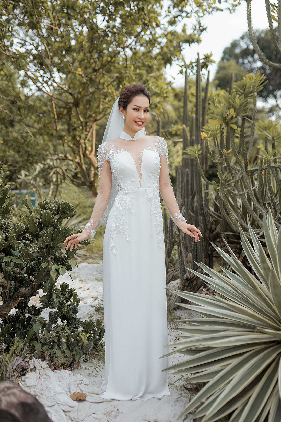 áo dài cô dâu màu trắng đẹp