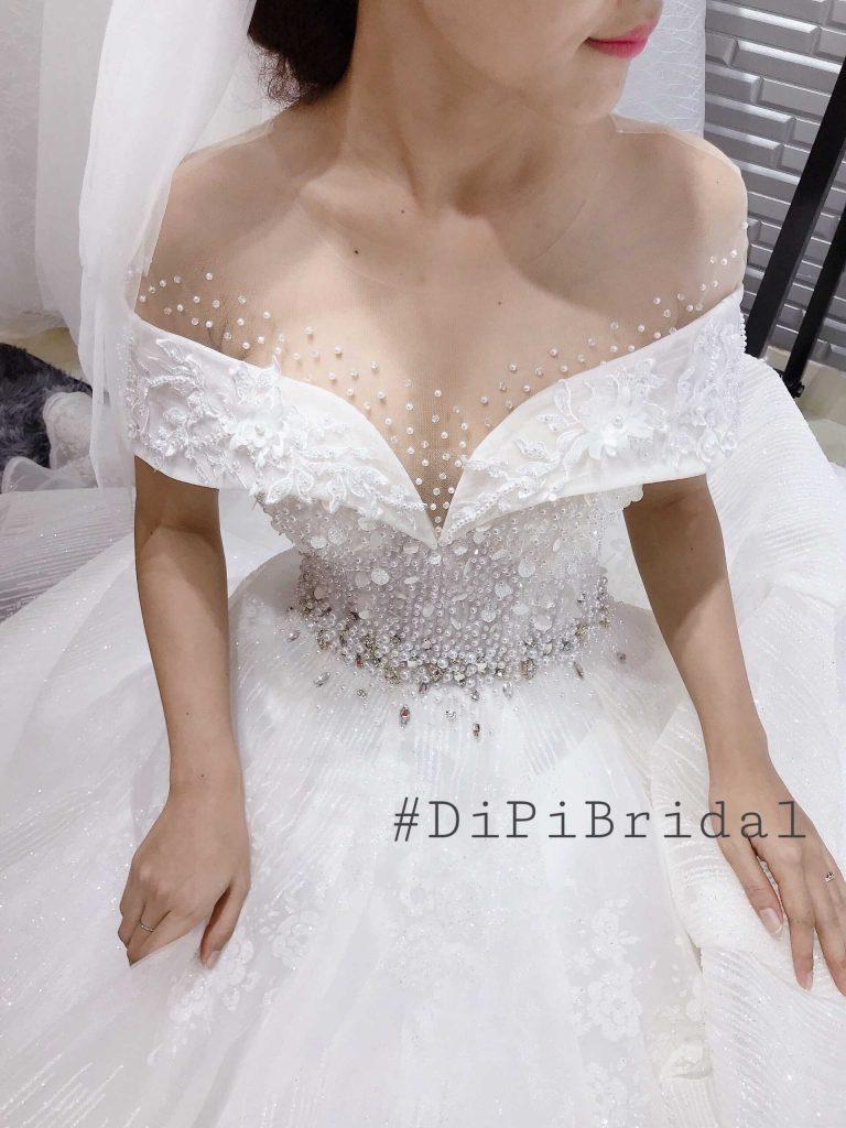 thuê áo cưới màu trắng