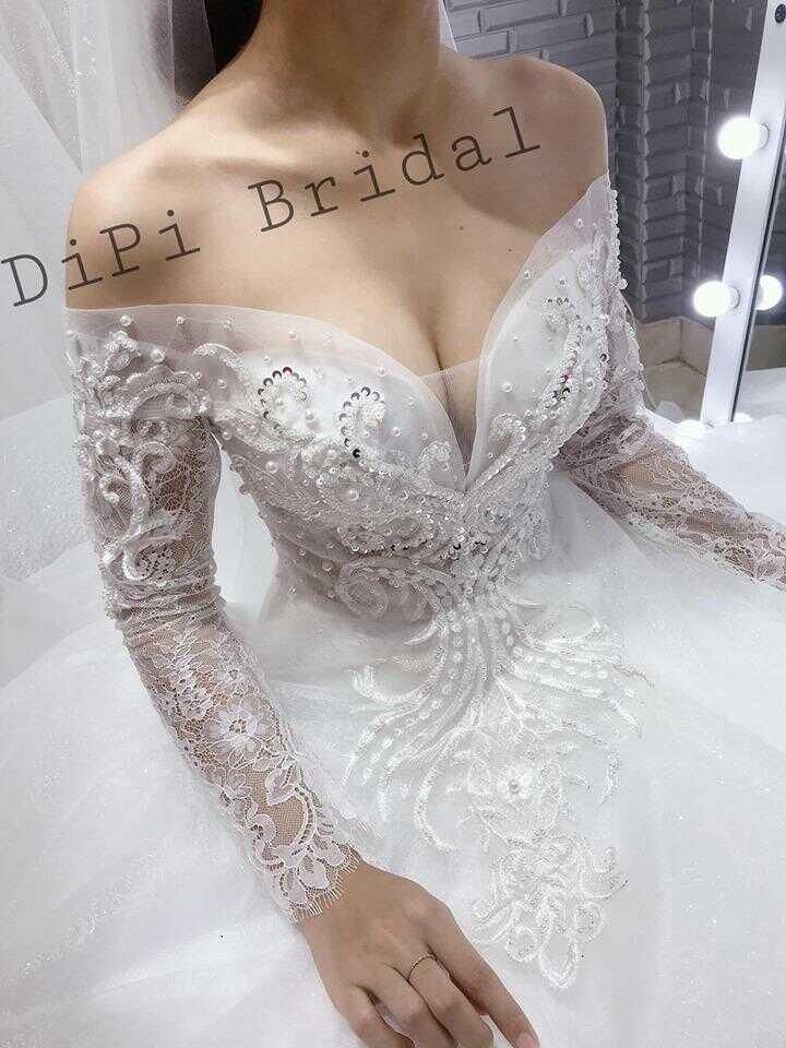 thuê váy cưới màu trắng