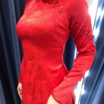 áo dài cưới màu đỏ đơn giản