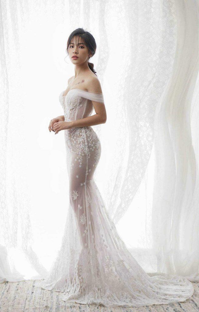 váy cưới body cúp ngực