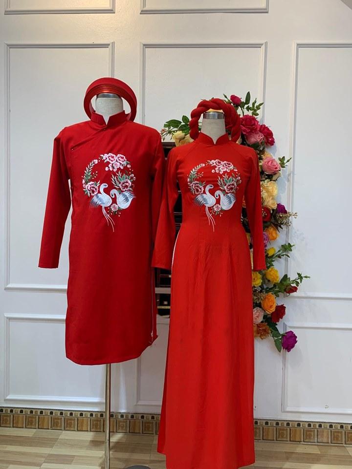 áo dài cưới cặp màu đỏ