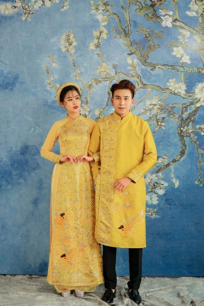 áo dài cưới cặp màu vàng