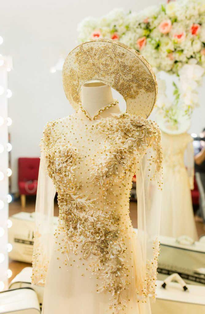 áo dài cưới màu vàng đẹp
