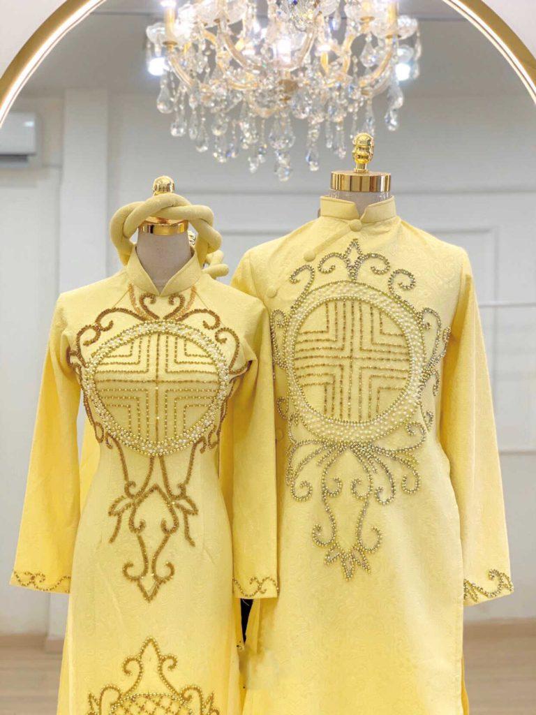 áo dài cưới màu vàng tươi