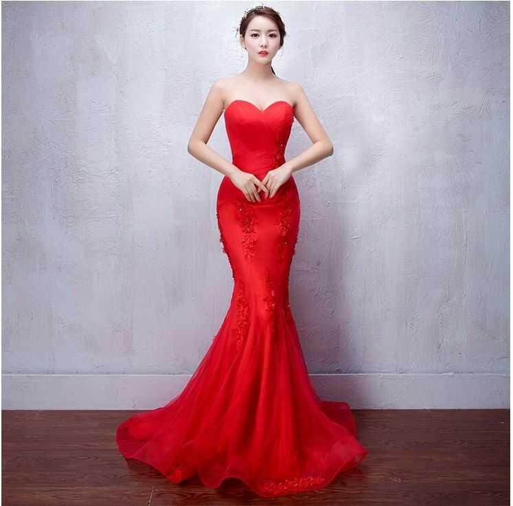 váy cưới màu đỏ đuôi cá