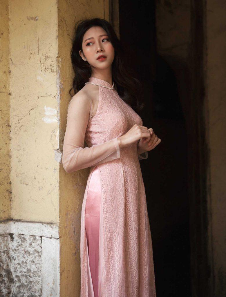 áo dài màu hồng