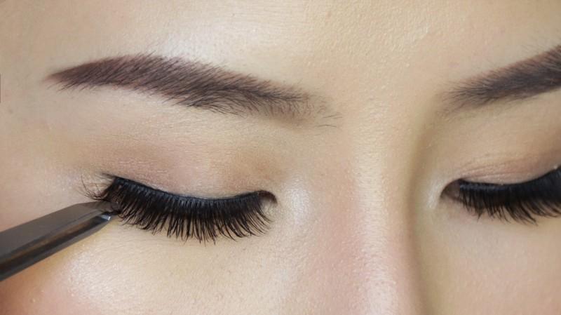 co-dau-can-chuan-bi-nhung-gi-truoc-khi-make-up
